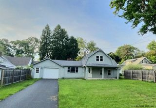 207 Tampa Ave, Rensselaer, NY 12144