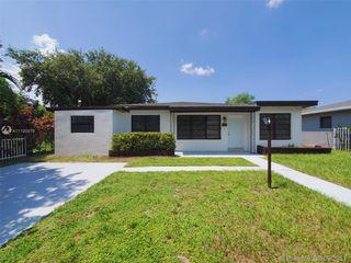 1321 NE 160th St, Miami, FL 33162