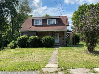 702 Bay St, Johnstown, PA 15902