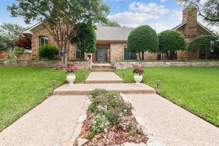 9500 Moss Haven Dr, Dallas, TX 75231