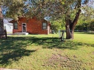 1830 S Glenn St, Wichita, KS 67213