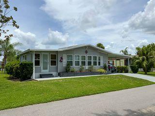 5431 Aylesbury Ln, Sarasota, FL 34241