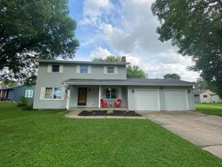 908 Fairview Dr, Kirksville, MO 63501