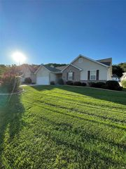 4336 Clearbrook Ln, Imperial, MO 63052