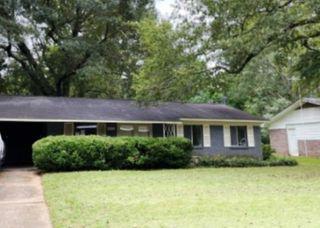 1123 Woodville Dr, Jackson, MS 39212