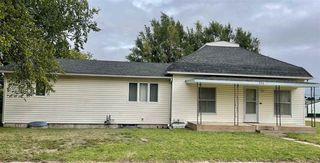 320 S Nebraska Ave, Bucklin, KS 67834