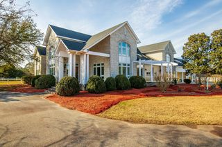 594 Lexington Dr, Greenville, NC 27834