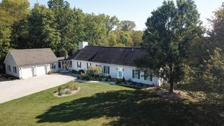 3668 E River Rd, Marion, OH 43302