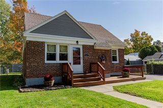 1387 Cosgrove St, Watertown, NY 13601