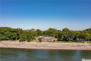 448 Lake Shore Dr W, Dunkirk, NY 14048