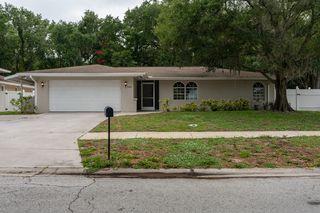 1882 Oak Forest Dr W, Clearwater, FL 33759