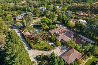 16051 Greenwood Rd, Los Gatos, CA 95030