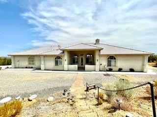 8835 Shadow Mountain Rd, Pinon Hills, CA 92372