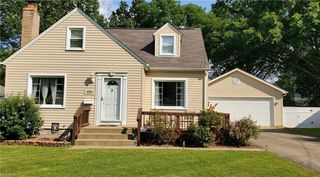 2132 Gregory Ave, Youngstown, OH 44511