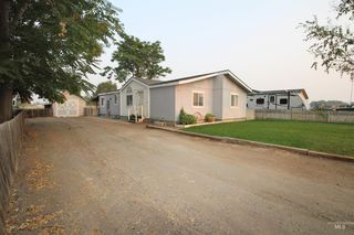 509 S 2nd St E, Homedale, ID 83628