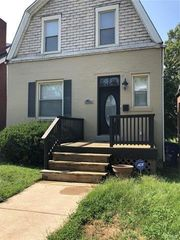 1119 Forest Ave, Saint Louis, MO 63139