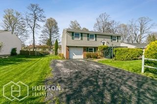 50 Donna Rd, Rochester, NY 14606