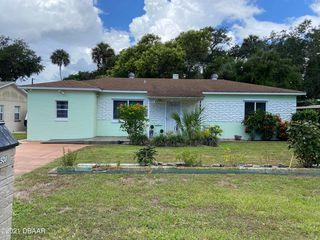 1508 Palmetto St, New Smyrna Beach, FL 32168