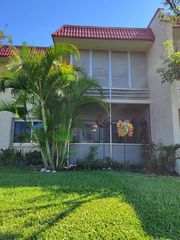 123 Lake Dora Dr, West Palm Beach, FL 33411