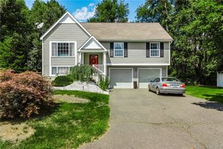 133 Amherst Dr, Manchester, CT 06042