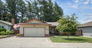 530 Saint Claire Dr, Lodi, CA 95240