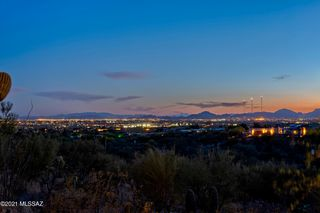 4935 N Calle Bosque, Tucson, AZ 85718