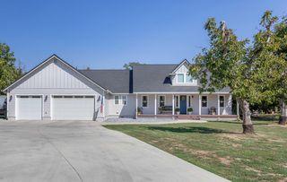 5203 Country Farms Ln, Anderson, CA 96007