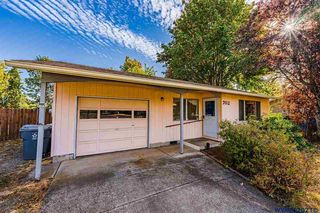 702 Rhododendron St, Lebanon, OR 97355