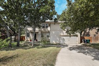 1404 Meadow Lane Ter, Fort Worth, TX 76112