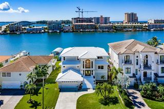 227 Bayside Dr, Clearwater, FL 33767