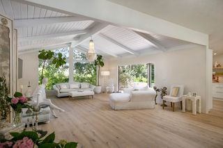 440 Woodley Rd, Santa Barbara, CA 93108