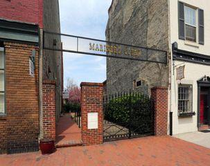 219 Vine St, Philadelphia, PA 19106