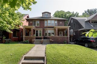 1062 Vinewood St, Detroit, MI 48216