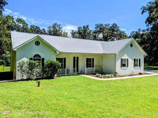 5262 Neff Lake Rd, Brooksville, FL 34601