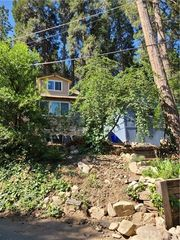 794 Woodland Rd, Crestline, CA 92325