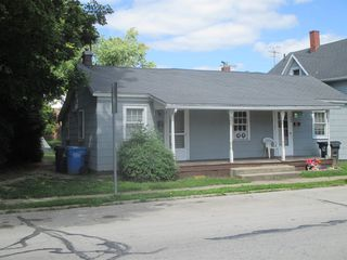 109 W Wayne St, South Whitley, IN 46787