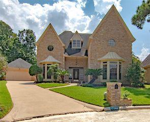 17302 Ponderosa Pines Dr, Houston, TX 77090