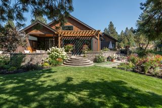 60555 Sunset View Dr, Bend, OR 97702