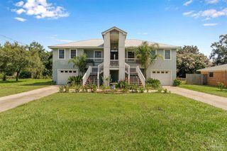 3263 West Ave, Gulf Breeze, FL 32563