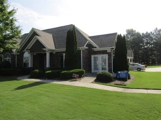 3301 Lindenridge Dr, Buford, GA 30519