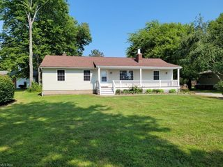 3881 Center Rd, Perry, OH 44081