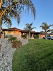 1155 N Pampas Ave, Rialto, CA 92376