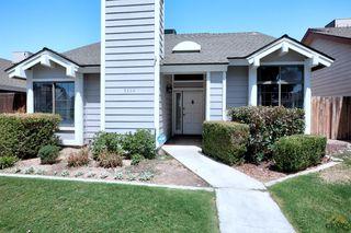 7122 Hanover Cir, Bakersfield, CA 93309