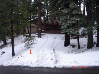 31474 Pleasant Dr, Running Springs, CA 92382