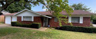 4821 Hollowbrook Rd, Fort Worth, TX 76103
