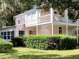 411 S Palmetto Ave, Green Cove Springs, FL 32043