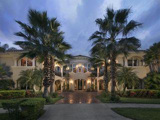 245 Maison Ct, Altamonte Springs, FL 32714