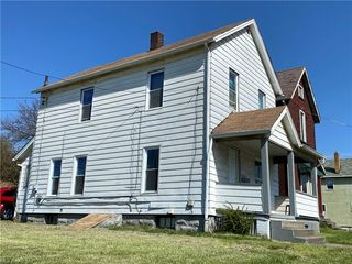 404 Steel St, Youngstown, OH 44509