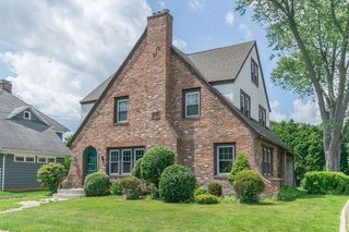 38 Beauview Ter, West Springfield, MA 01089