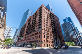 165 N Canal St #1103, Chicago, IL 60606